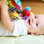 تمیز کردن اسباب بازی و وسایل کودک
