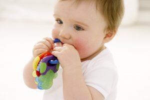 راه حل تمیز کردن اسباب بازی کودک